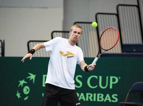 Стаховский вышел вчетвертьфинал турнира вУзбекистане
